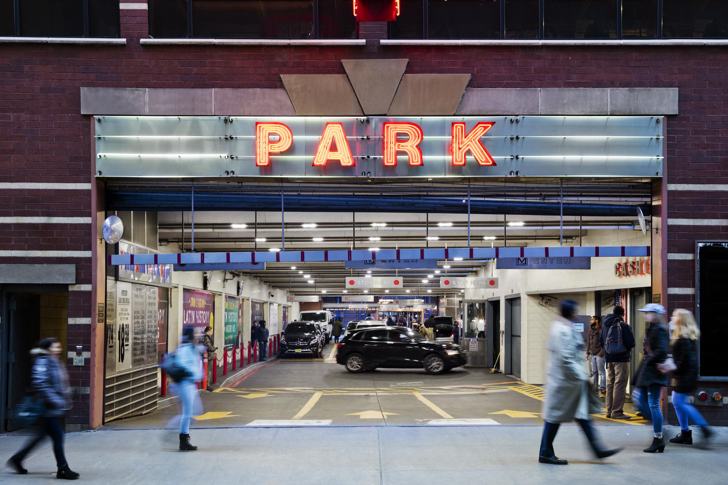 Parking garages madison square garden garden and modern - Parking garages near madison square garden ...